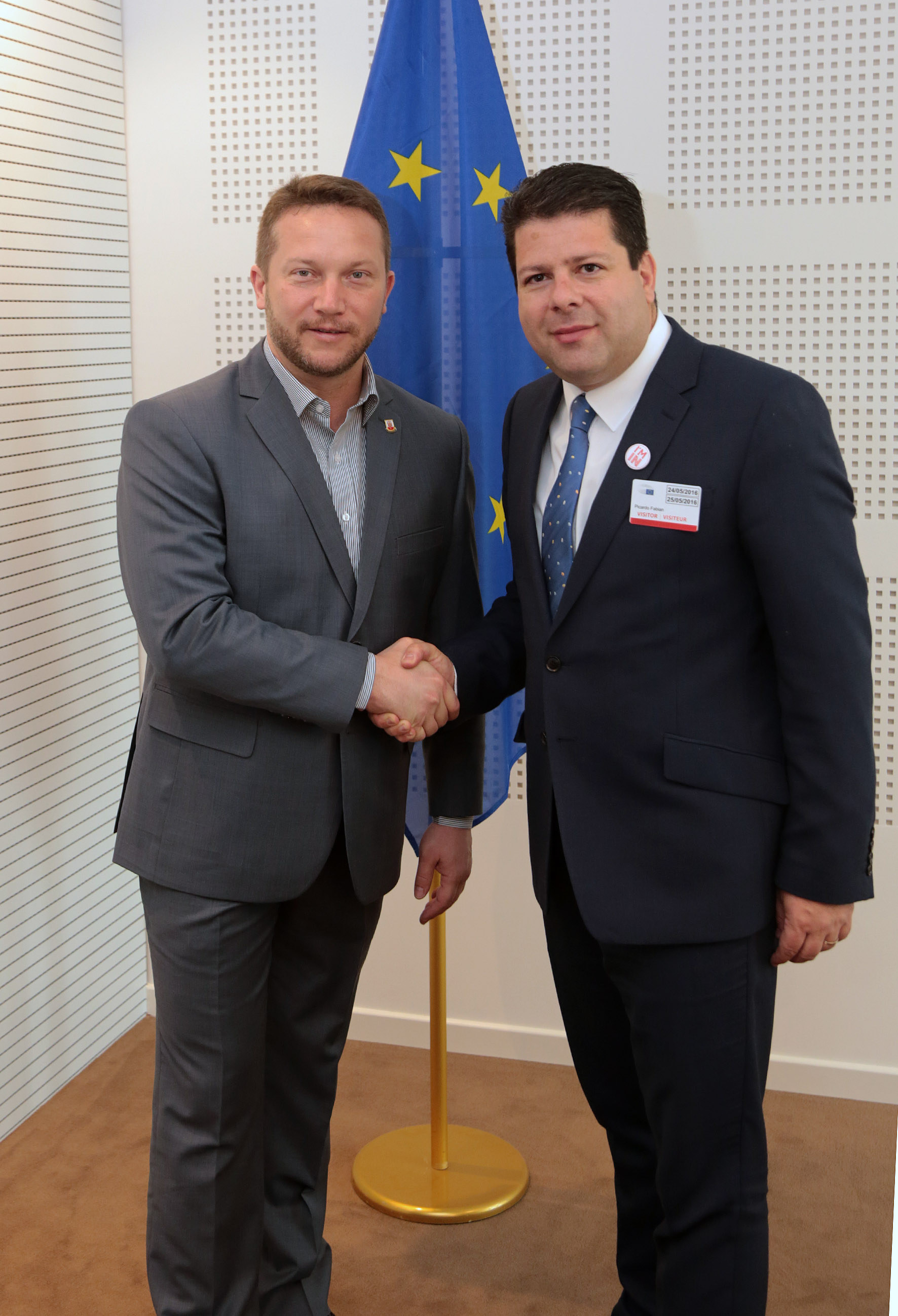 The Gibraltar delegation met several MEPs from the Transport Committee of the European Parliament. The Chief Minister is pictured with Istvan Ujhelyi, a Hungarian MEP who sits on the Transport Committee.